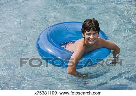 Boy tubes Nude Photos 11