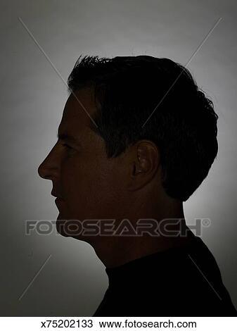 8f247cb8fa Hombre maduro, perfil Colección de imágen | x75202133 | Fotosearch