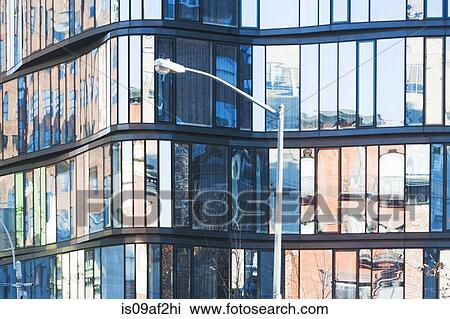 Banque de photo grand plan de bloc bureau à verre façade new