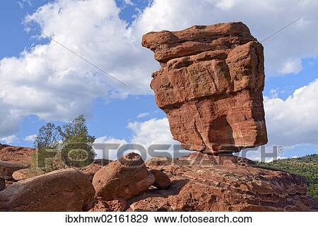 Balanced Rock Garden Of The Gods Red Sandstone Rocks