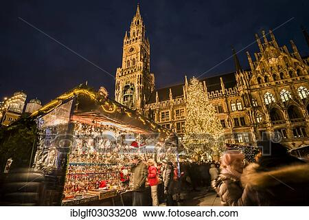 Christmas In Munich Germany.Christmas Market At Marienplatz Square With The Town Hall And A Christmas Tree Historic Center Munich Upper Bavaria Bavaria Germany Europe