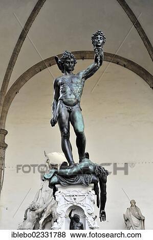 Perseus Holding The Head Of Medusa Statue By Benvenuto Cellini Statue In Piazza Della Signoria Florence Tuscany Italy Europe Stock Photo