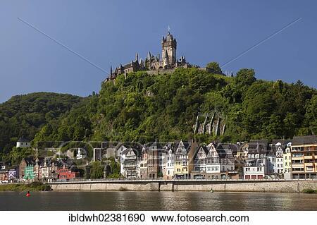 Stock Fotografie Town Aanzicht Met Moezel Rivier En