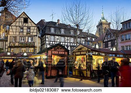 Colmar Weihnachtsmarkt.Weihnachtsmarkt Colmar Elsaß Frankreich Europa Bild