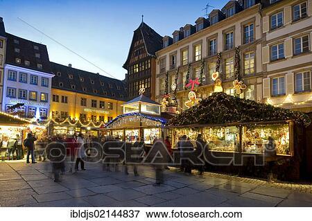Colmar Weihnachtsmarkt.Weihnachtsmarkt In Colmar Elsaß Frankreich Europa Stock Foto