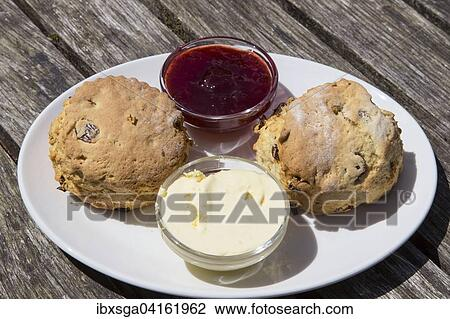 Cream Tea Scones Clotted Cream Erdbeermarmelade Devon Sudengland England Grossbritannien Europa Stock Image Ibxsga04161962 Fotosearch