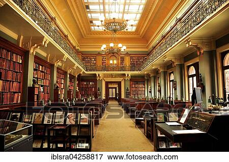 De Bibliotheek Kamer : Beeld lezende kamer in de bibliotheek victoria en albert