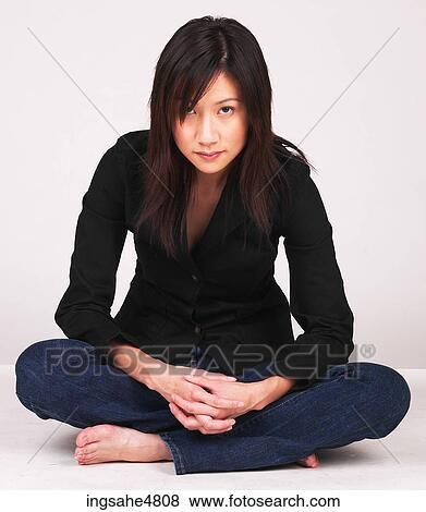 Asian woman to cross