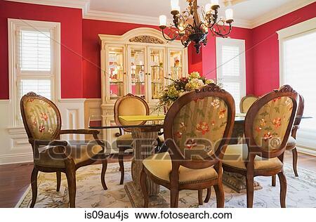 banque dimage verre table haute haut dos bois chaises dans salle manger petite maison style maison qubec canada