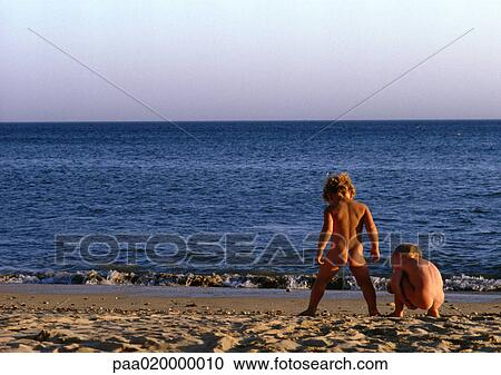 Child naturist Nude Photos 46