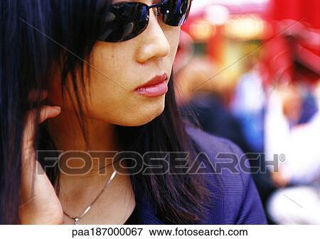 Image - femme, lunettes soleil port, gros plan paa187000067 ... f19bac9e8cfe