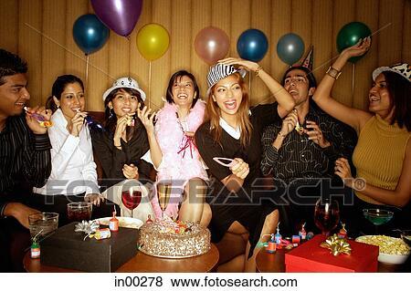 Fotos Adultos Jovenes Celebrar Cumpleanos In00278 Buscar Fotos - Celebracion-cumpleaos-adultos