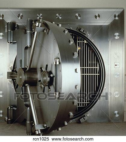 Chambre forte banque, porte Banques de Photographies | rcn1025 ...