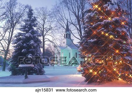 Chapel Christmas Tree Decorations