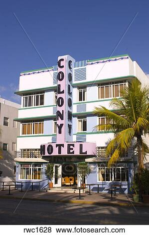 Miami Beach Florida Usa The Colony Hotel 1939 On Ocean Drive In South Known For Its Historical Art Deco Architecture