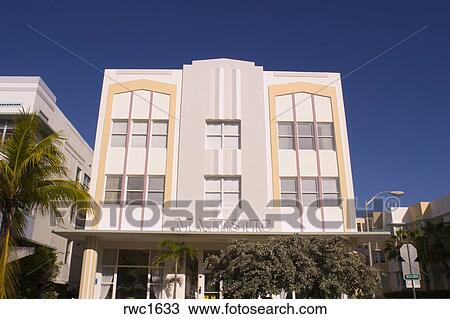 Miami Beach Florida Usa The Majestic Hotel On Ocean Drive In South Known For Its Historical Art Deco Architecture