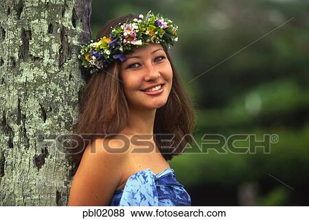 Bilder Polynesian Frau Hawaii Pbl02088 Suche Stockfotos