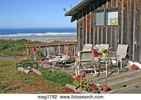 Stock foto thuis portiek terras dek het overzien oceaan