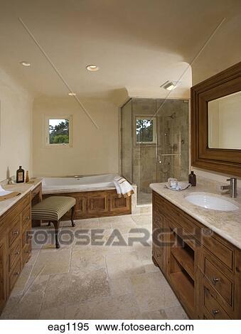 Pavimento pietra, lavandino, doccia, bancarella, e, vasca bagno, in ...