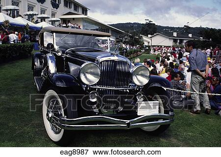 picture of 1930s auburn automobile company touring car at the concourse d 39 elegance pebble. Black Bedroom Furniture Sets. Home Design Ideas