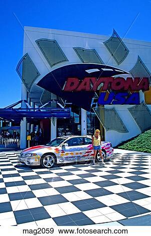 People At Usa Sdway Museum Daytona Beach Florida