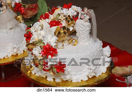 A Décoratif Gâteau Mariage Décoré à Sucre Glace Fleurs Image