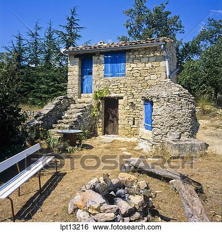 Banque d 39 images petit pierre s che maison bleu - Maison en pierre seche ...