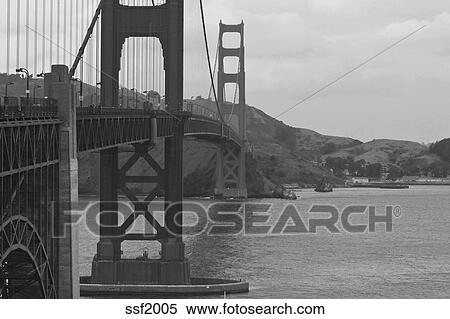 Black And White Shot Of Golden Gate Bridge San Francisco Bay California Usa Stock Photography