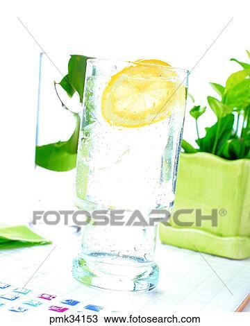 Colección de foto - rebanada del limón, sidra, gaseosa, interior ...