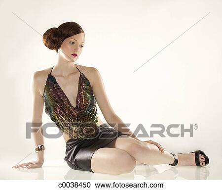 Stock fotografie elegante kaukasisches frau in for Elegante wandbilder