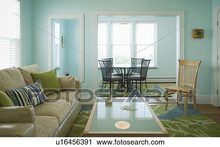 Blau Grün Wohnzimmer Mit Essecke Stock Bild U16456391 Fotosearch