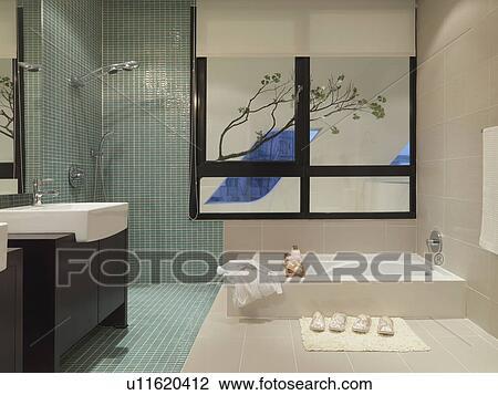 Modernes, Badezimmer, Mit, Mosaik Fliese, Dusche