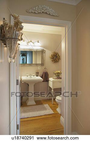 Half Bath With Pedestal Sink
