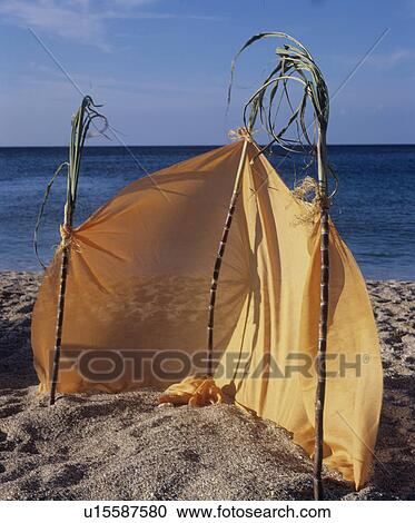Windschutz Strand Stock Bild U15587580 Fotosearch