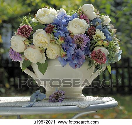 Stock photography of bouquet of summer flowers in blue and white bouquet of summer flowers in blue and white mightylinksfo
