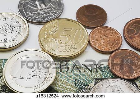 , 同时,, 欧元, 硬币, 在的顶端上, a, 外币, 纸币 u图片