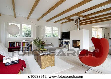 Stock Foto - hippe, helder, woonkamer, met, leunstoel, en, openhaard ...