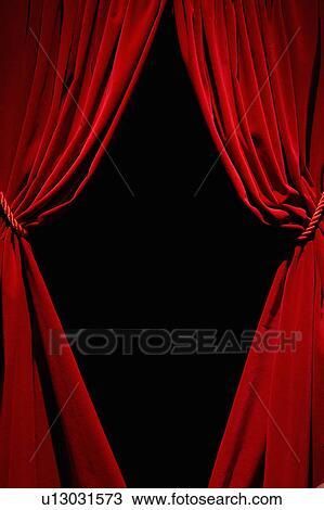 Red Velvet Curtains Stock Illustrations – 2,065 Red Velvet Curtains Stock  Illustrations, Vectors & Clipart - Dreamstime