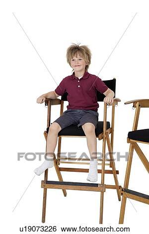 Stuhl schule clipart  Stock Bilder - schule, kind, sitzen, auf, stuhl direktor, hinüber ...
