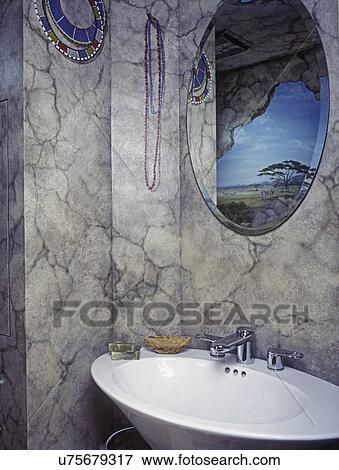 Bathrooms:, teilausschnitt, von, trompe, l\'oeil, gemälde ...
