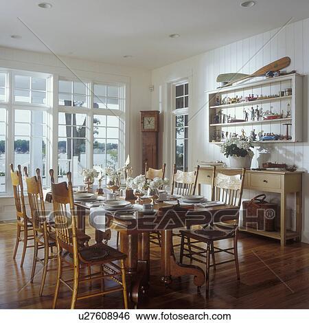 Enjoyable Dining Rooms 1930S Oak Table Early 20Th Century Dining Creativecarmelina Interior Chair Design Creativecarmelinacom