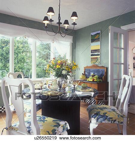 Stock Fotograf - esszimmer, -, weiße königin, anne, chairs ...