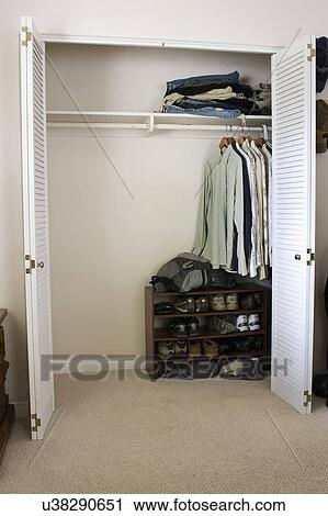 Half Empty Closet, San Diego, California, United States Of America