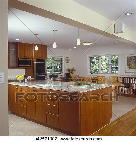 Küchen, -, ansicht, gegen, insel, tresen, und, familie essen, bereiche,  reich, kirschen, befleckt, holz, kabinette, granit, theken, kueche, buero,  ...