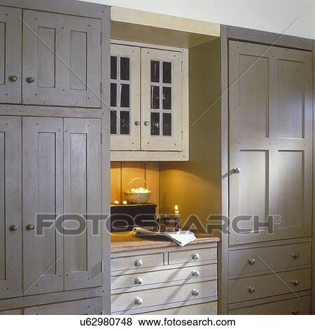 Pictures of KITCHENS - Custom made cabinets conceal pull out freezer ...