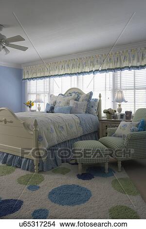 Colección de foto - niño, habitación, con, azul, verde y blanco ...