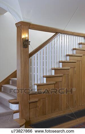 Stock Bilder Stairway Kunste Handwerke Treppenhaus