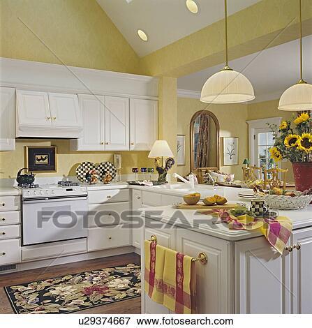 Immagine - cucine, -, cattedrale, soffitto, oro pallido, pareti, bianco, cabinetry, ottone ...