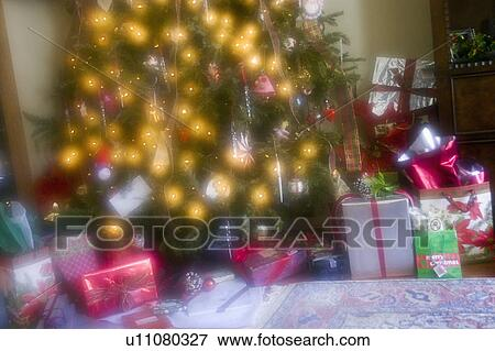 picture wrapped gift boxes with decorated christmas tree fotosearch search stock photography