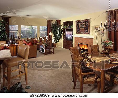 Stock Fotograf Ansicht Von Zimmer Mit Essen Mobel Und Leben